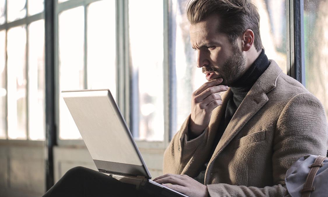webデザインオンラインスクールを選ぶ際のポイント4つ